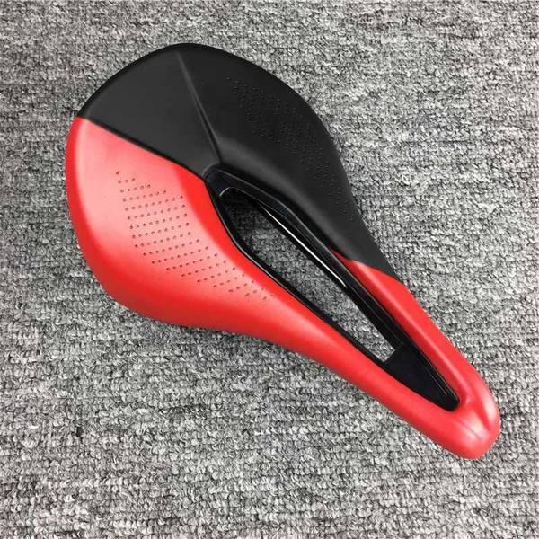 bicycle-saddle-bag-essentials-5dd1f480c42ae